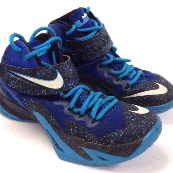 388f0ffbc95 ... Lebron Zoom Soldier VIII SHOES 10. M 5b3bcb07d6dc52a4fb9aace2